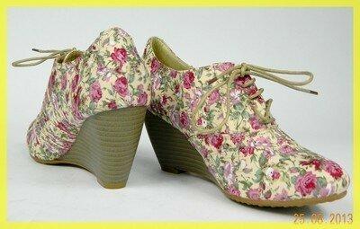 Шикарные светлые туфельки в цветочек kayla shoes оригинал