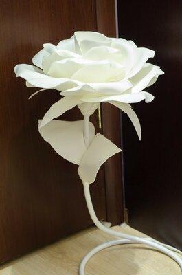 Светильник роза,из изолона,ручная работа