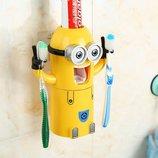 Дозатор зубной пасты Миньон и держатель зубных щеток