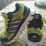 Кроссовки Adidas 28р. по ст. 17,5 см.