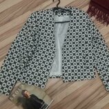 Красивый укороченный жакет, пиджак missguided размер 8-10/ М/ 46
