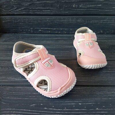 Сандалии с защитой носка девочкам, р. 23,26,28,31