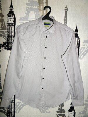 Красивая рубашка zara разм.M