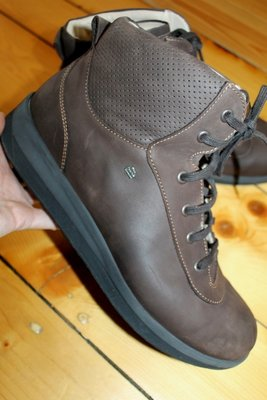 44-45 разм. Ботинки Finn Comfort Germany. Кожа длина по внутренней стельке - 29,5 см., ширина подош