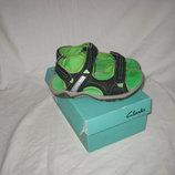 Босоножки сандалии Clarks Англия 31-32 размер по стельке 20,5 см Кожаные. Легенькие, мягкие , дышащи