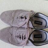 шкіряні туфлі 40р