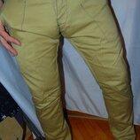 Стильние фирменние брендовие брюки скини Jack & Jones.м-л .33-32