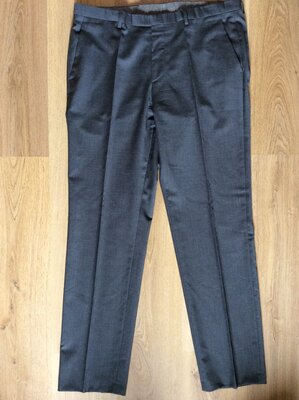 Мужские брюки Hugo Boss оригинал размер 54
