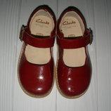 Туфли Clarks US 7,5 EUR 24