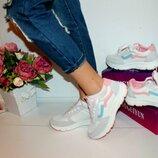 Кроссовки женские розовые 106