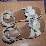 красивые кожаные босоножки сандалии clarks Вьетнам
