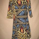 Красивое платье Tenki р-р10