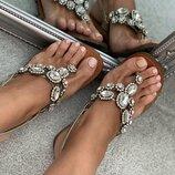 Босоножки / сандали Mascha с камнями Swarovski