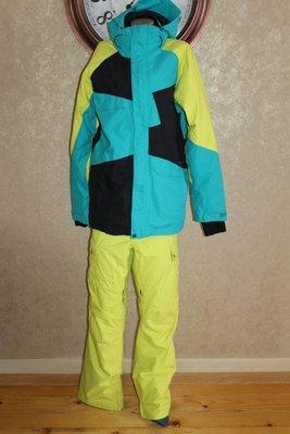 Оригинал. Nitro горнолыжный или сноубордический костюм. Размер Medium длина по спинке - 82 см., пог