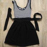 Школа Нарядное платье полоска бант Черно-Белое Платье выглядит элегантно Идеально и в школу, и в