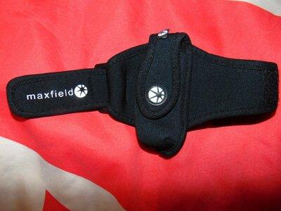 Спортивний фирменний чехол для телефона .Maxiveld
