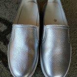 Кожаные слипоны мокасины туфли серебро