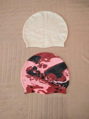 Продам новые,фирменные Fashy. шапочки для плавания.