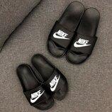 Шлепки Nike