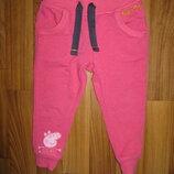узенькие спортивные штаны с Пеппой M&S на 12-18 мес