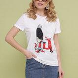 Женская мягкая футболка из вискозы с принтом девочка с мопедом Boy-2 скл.2