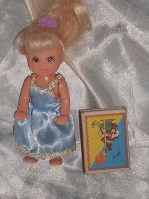 отличная маленькая куколка Sombo Швейцария оригинал 12 см