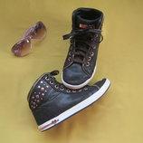 Стильные крутые ботинки кеды Skechers,р.35