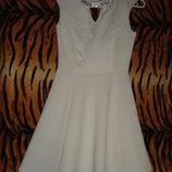 Супер платье river island р.8 белого цвета.