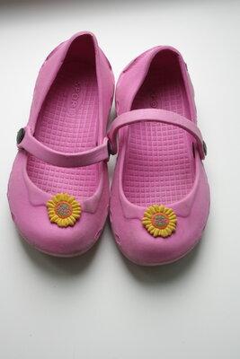 Кроксы-Балетки ф.Griff р-28 для девочки в отличном состоянии