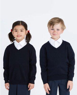 Классные свитера от Dunnes Stores , Англия на 8-9 лет
