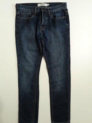 Фирменные джинсы 30 р.