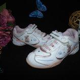 Мигают.модные кроссовки Clarks 10g 28 р,ст.18,5см.мега выбор обуви и одежды
