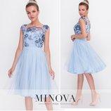 82 Романтичное «платье принцессы» с расшитым цветами.2103