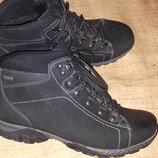 41 р-унисекс ботинки Fretz men Swiss made вся стелька 27 см ширина стельки 9.5 высота от пола 16 см