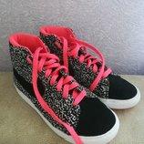 Кроссовки кеды высокие для девочки размер 32-33 фирма Nike