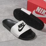 Шлепанцы мужские Nike черные , белые