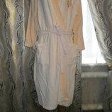Женский махровый халат с цветочной аппликацией