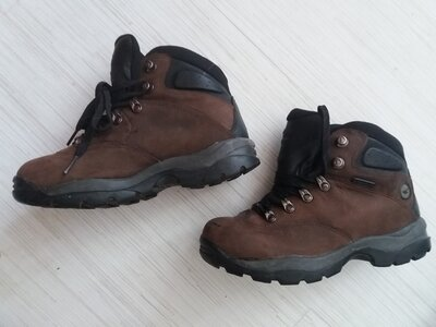 Кожаные ботинки HA-TEC 38р