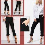 Черные брюки штаны р.L Cache Cache с оборками тренд сезона