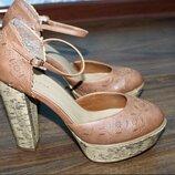 Мега крутые туфли-босоножки от бренда new look