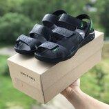 Мужские кожанные сандалии Yuves синие, черные