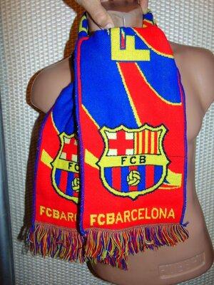 Фирменний спортивний оригинальний шарф ф.к Барселона .