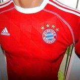 Спортивная футбольная оригинальная футболка Adidas ф.к Бавария .7-10 лет 134-140