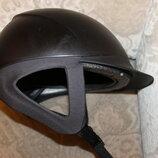 Шлем ,каска ,конкур для верхової їзди Fouganza
