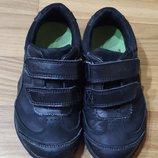 Супер Черные Кроссовки туфли Clarks мигалки размер 26-27 Очень хорошие туфли-кроссовки Цвет черны