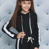 Спортивный костюм для девочки с лампасом