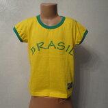 Яркая футболка с принтом желтая 10- 11 лет