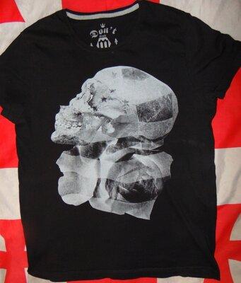 Стильная брендовая футболка С&a .Германия .м .