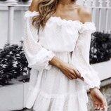 Платье легкое летнее нарядное свободное