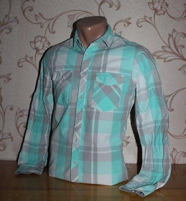 Рубашка мужская. Размер xs смотрите замеры . В отличном состоянии SC.